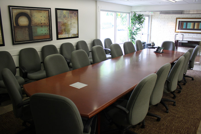 board-room-village-at-17th-street-orange-county-shared-spaces