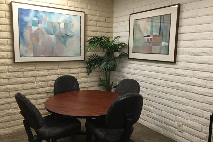 small-meeting-room-b-village-at-17th-street-orange-county-shared-spaces